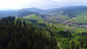 Górska wioska krajobraz w Carpatian zdjęcie wideo