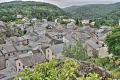 Górska wioska Querigut w Pyrenees, Francja obrazy stock