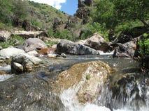 górskie fragmentów river pokrycie małe kamienie Zdjęcie Royalty Free