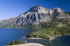 górskie jezioro Zdjęcia Stock