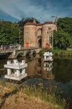 Góruje z bramą centrum miasta Bruges Obraz Stock