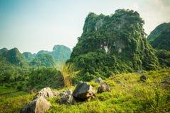 Góry Catba wyspa Zdjęcia Stock