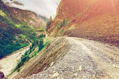 Góry drogowe i rzeczne Zdjęcia Stock