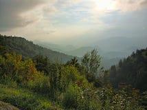 góry dymiące Zdjęcia Royalty Free