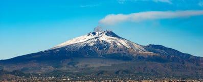 Góry Etna wulkan, Catania i Sicily - Włochy Zdjęcie Stock