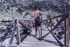Góry i jeziorna fotografia z odbiciem zdjęcie stock