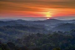 Góry i mgły krajobraz fotografia stock
