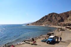 Góry i morze w Synaj Fotografia Royalty Free