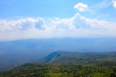 Góry i niebo Zdjęcie Royalty Free
