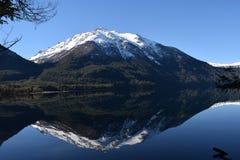 Góry i śnieg Jezioro Obraz Royalty Free