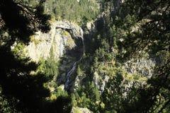 Góry i woda w Tena dolinie, Pyrenees Urdiceto Obraz Royalty Free