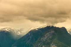 Góry kształtują teren w Norwegia Obraz Royalty Free