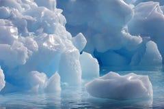 Góry lodowa rzeźba w Antarktycznym półwysepie obrazy royalty free