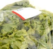 Góry lodowa sałata w plastikowego worka pakunku zdjęcie stock