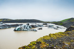 Góry lodowa w glacjalnej lagunie Obrazy Royalty Free