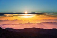 Góry na zmierzchu fotografia royalty free