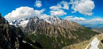 góry niewygładzone obrazy stock