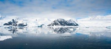 Góry piękna panorama Fotografia Stock