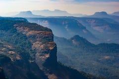 Góry przy Lonavala, India zdjęcia stock