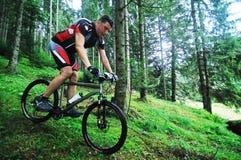 Góry roweru mężczyzna plenerowy Zdjęcia Stock