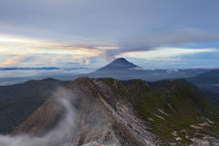 góry sinabung wulkan obraz stock