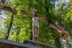 Góry St Anna Polska, Lipiec, - 4, 2016: Krzyże Jezus i dwa Fotografia Royalty Free