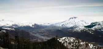 Góry St Helens góry Adams Skamania okręgu administracyjnego stan washington zdjęcia stock