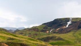 góry w Hveragerdi Gorącej wiosny Rzecznym śladzie Zdjęcie Royalty Free
