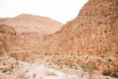 Góry w kamień pustyni nead Nieżywym morzu Zdjęcie Stock
