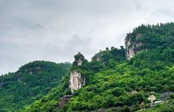 Góry wzdłuż Yangtze obrazy stock