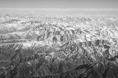 Góry z śniegiem, widok z lotu ptaka Ziemska powierzchnia Środowisko ekologia i ochrona podróżomania i podróż zielona myśl obrazy royalty free