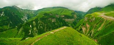 góry zielona panorama Fotografia Royalty Free