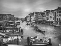 Gôndola b de Grand Canal Veneza foto de stock