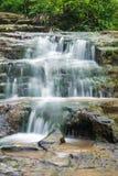 Gömd vattenfall i träna Royaltyfri Bild