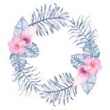 Gömma i handflatan den tropiska indigoblå blom- kransen för vattenfärgen med frangipanien för den rosa callaen och sidor av indig Arkivfoton