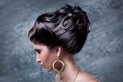 gör elegantt hår royaltyfri fotografi