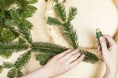 Gör en Adventkrans Royaltyfria Bilder