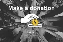 Gör en donationvälgörenhet att donera bidrar ger begrepp arkivfoton
