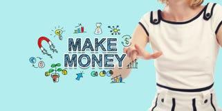 Gör pengartext med den unga kvinnan royaltyfri bild