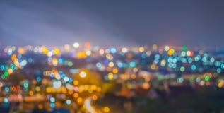 gör suddig lighhts från Chiang Mai, Thailand för bakgrundsanvändning Arkivfoto