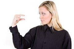 göra en gest little teckenkvinna royaltyfri fotografi