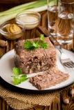 Göra gelé av med kött, nötköttaladåb, den traditionella ryska maträtten, del arkivbilder