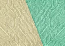 Göra grön, gulna skrynklig och grungy texturerad pappers- backgroun för mellanrumet Arkivbilder