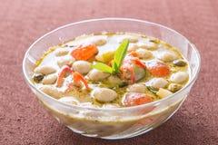 Göra grön thai mat för curry royaltyfri bild