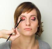 göra makeup Arkivfoton