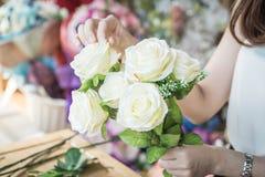 göra mode den moderna buketten av blomman Royaltyfri Foto