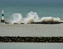 Göra perfekt vågor Arkivbilder