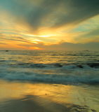göra sammandrag solnedgången Arkivbild