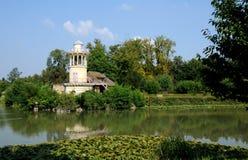 Göra till drottning Hamlet i parkera av den Versailles slotten Royaltyfri Bild