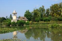Göra till drottning Hamlet i parkera av den Versailles slotten Royaltyfria Bilder